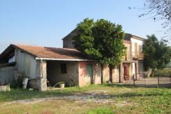 Casale con terreno Castrocielo via Leuciana