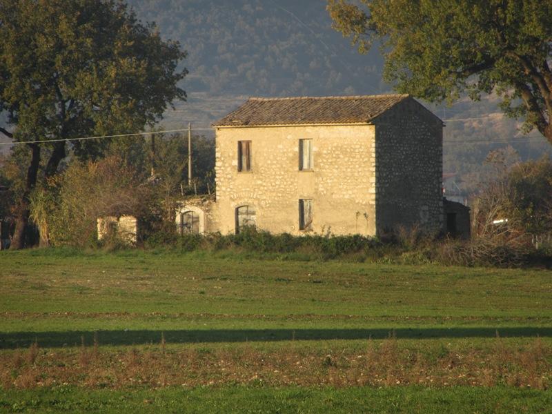 Casale con terreno Roccasecca via Cupone