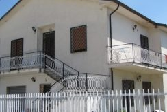 Casa indipendente con giardino Roccasecca via Molise