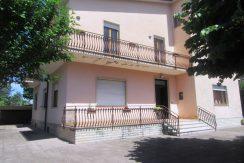 Villa con giardino Roccasecca via Piave