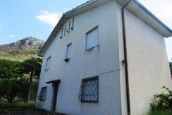 Casa con terreno Roccasecca via Col Granaro