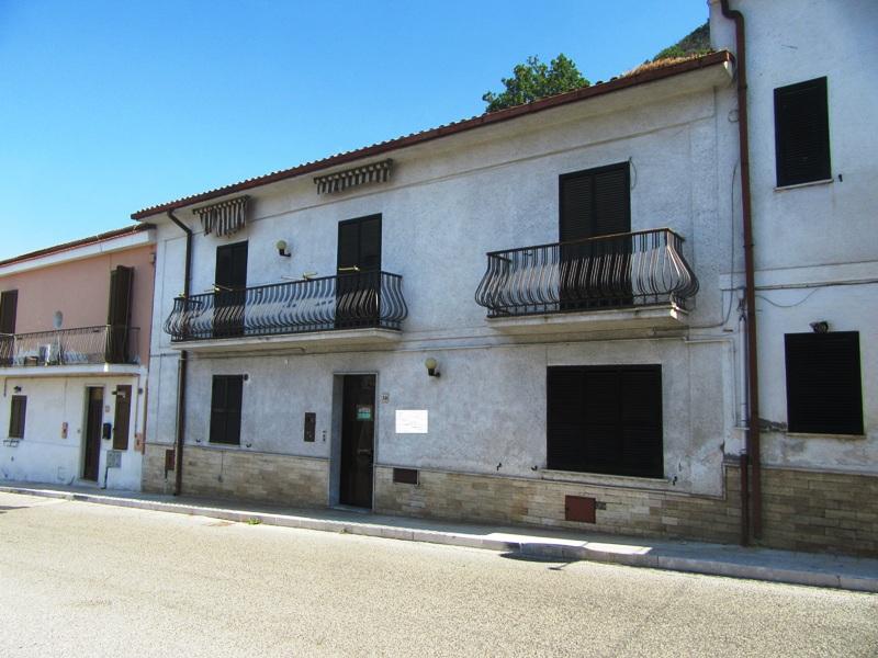 Casa con box auto Roccasecca via S. Maria Nuova