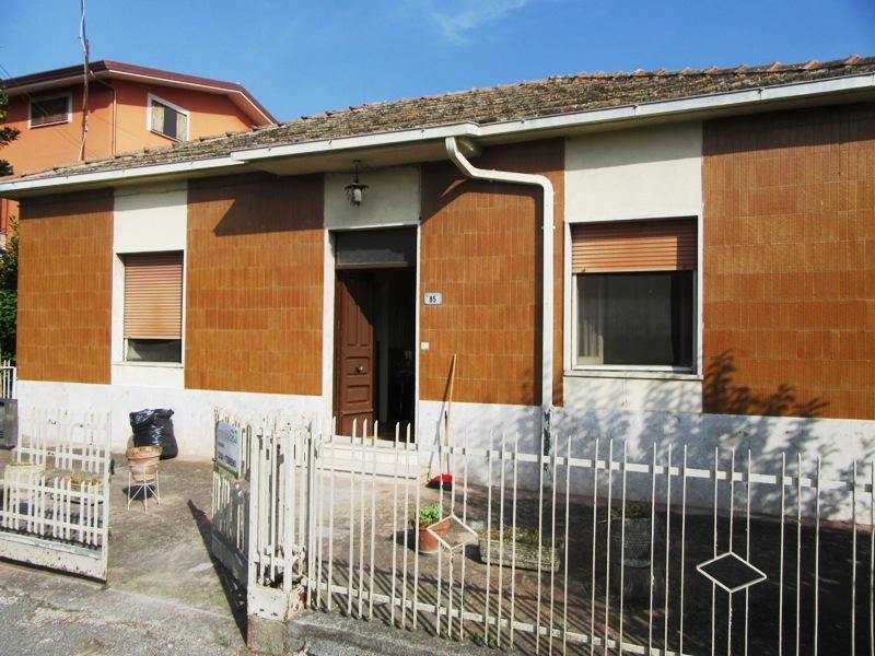 Casa con giardino Castrocielo via Casilina