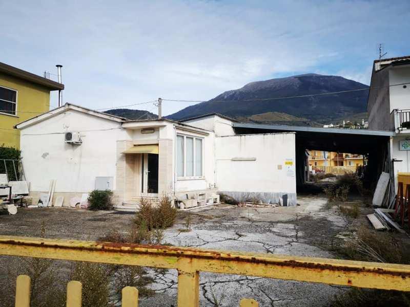Locale comm.le Piedimonte S.G. via Casilina