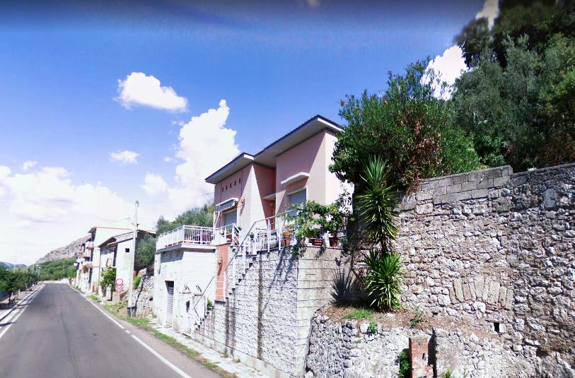 Villa con terreno Castrocielo via Roma