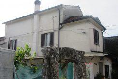 Casa con giardino Roccasecca via D'Aquino