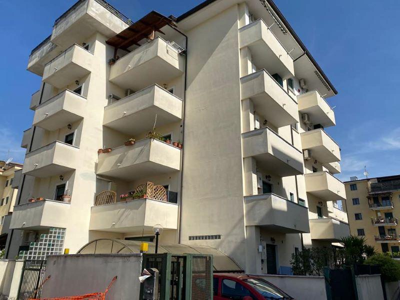 Appartamento con box auto Cassino via Sferracavalli